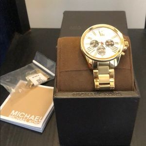 Authentic Gold  Michael Kors Watch, style: MK5838